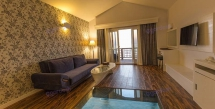 kish-toranj-marine-hotel-double-room-with-sunset-view-4